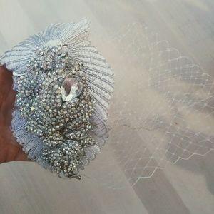 Birdcage head headpiece